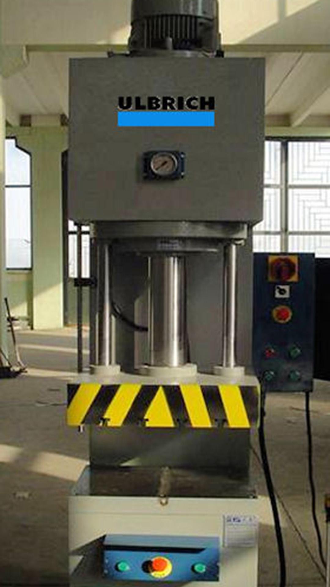 ulbrich-maschinenbau-produktionspresse