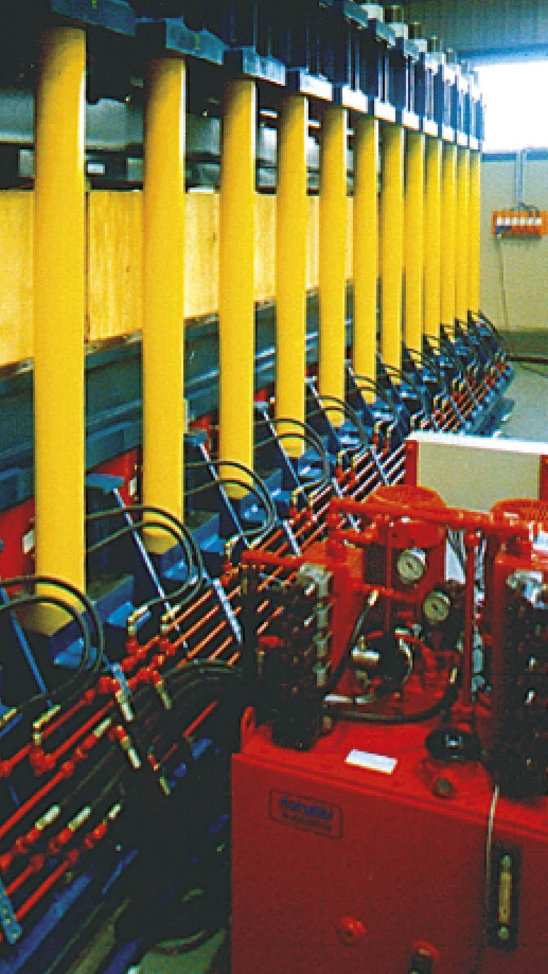 ulbrich-maschinenbau-hydraulische-presse