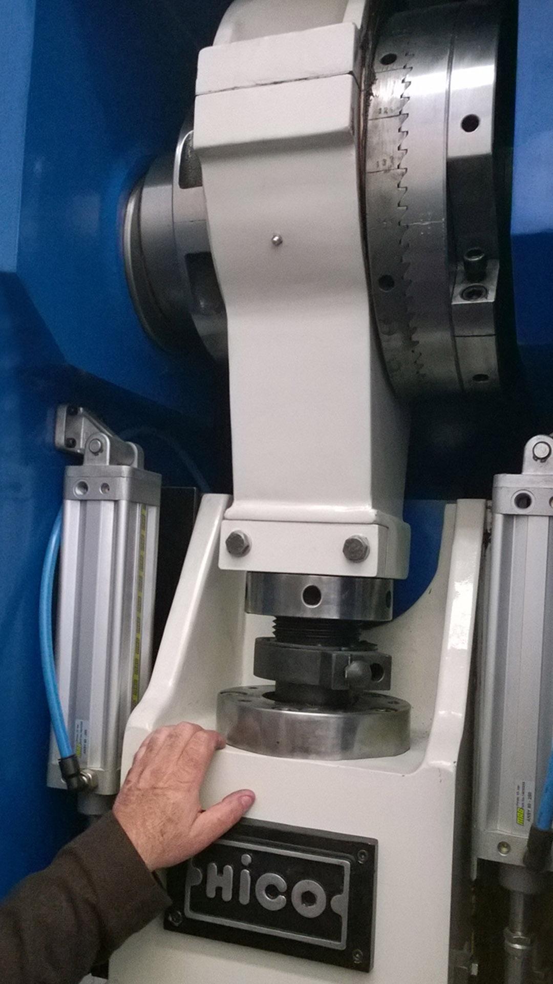 ulbrich-maschinenbau-exzenterpresse
